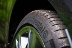 Neumáticos continentales - ContiSportContact5 Fotografía de archivo