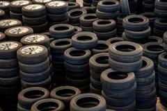 Neumáticos de coche de la reserva de Warehouse de las piezas de automóvil de Chongqing Minsheng Logistics Beijing Branch Imagen de archivo