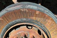 Neumáticos del camión del cordón Fotografía de archivo