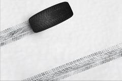 Neumáticos del invierno Fotos de archivo libres de regalías