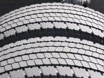 Neumáticos gastados del carro Imagen de archivo