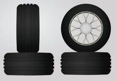 Neumáticos negros fijados Fotografía de archivo