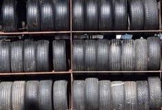 Neumáticos usados Foto de archivo