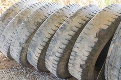 Neumáticos viejos del camión Fotos de archivo