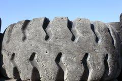 Neumáticos viejos del coche Foto de archivo libre de regalías
