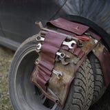 Neumáticos y herramientas de coche Imagen de archivo