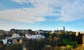 Neumà ¼ nster修道院全景视图在卢森堡市 免版税库存图片