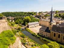 Neumuenster Abtei- und Alzette-Fluss, Luxemburg Stadt, Luxemburg Lizenzfreies Stockfoto