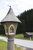 Neunerkreuz en el Kartitscher Sattel, Austria fotos de archivo