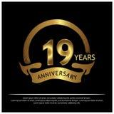 Neunzehn Jahre Jahrestag golden Jahrestagsschablonenentwurf für Netz, Spiel, kreatives Plakat, Broschüre, Broschüre, Flieger, Zei lizenzfreie abbildung