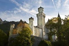 Neuschwanstein城堡,巴伐利亚德国前面关闭 库存照片