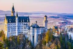 Neuschwanstein, schönes Märchenschloss nahe München in Bavari lizenzfreie stockfotografie