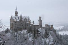 Neuschwanstein slott i vintertid Fussen germany Royaltyfria Foton