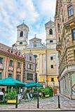 Neustiftgasse的St乌尔里克教会在维也纳 库存照片