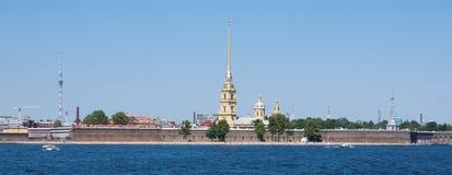 Neva flod, St Petersburg Royaltyfri Bild