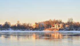 Neva River auf den Stadtränden von St Petersburg Stockbilder