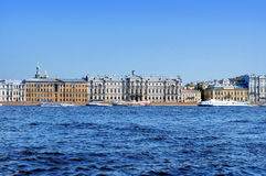 Neva rzeczny bulwar w Świątobliwym Petersburg Fotografia Stock