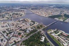 Neva rzeka w centrali St Petersburg Zdjęcia Stock
