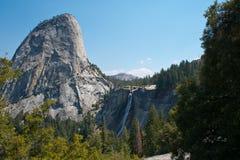 Nevada Falls i den Yosemite nationalparken Royaltyfri Fotografi
