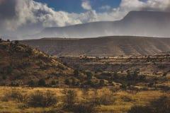 Nevada que se acerca al valle de Verde Imagenes de archivo