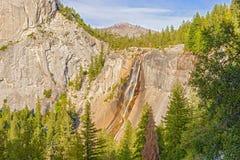 Nevada swobody i spadku nakrętka w Yosemite parku narodowym Fotografia Stock