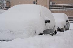 Nevado nos carros Fotos de Stock