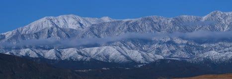 Neve ao longo da escala 86-89 de San Gorgonio fotos de stock royalty free