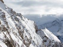 Neve bianca nelle alpi Immagini Stock