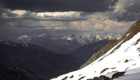 Neve che scompare nelle alpi austriache Fotografia Stock Libera da Diritti