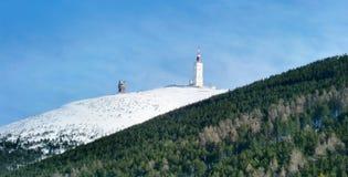 A neve cobriu a montanha Fotos de Stock Royalty Free