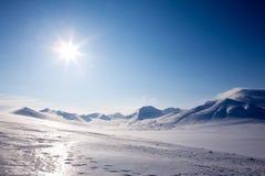Neve da montanha do inverno fotografia de stock