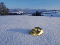 Neve della maschera dell'oro immagine stock libera da diritti