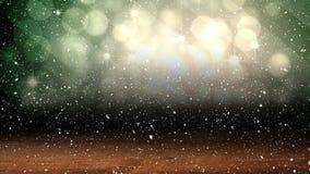 Neve di caduta con i cerchi ed il legno di Natale della luce del bokeh archivi video