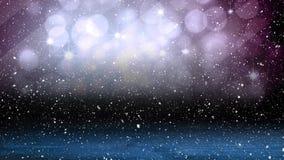 Neve di caduta con i cerchi ed il legno di Natale della luce del bokeh video d archivio