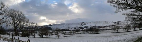 Neve di Castleton, distretto di punta, Regno Unito di inverno Immagini Stock Libere da Diritti