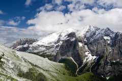 Neve di estate di Marmolada Fotografie Stock