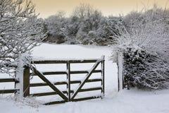 Neve do inverno - campo - Inglaterra Foto de Stock