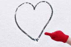 Neve do inverno do coração do amor Imagens de Stock