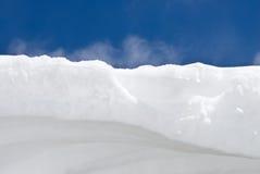 Neve e cielo Fotografia Stock Libera da Diritti