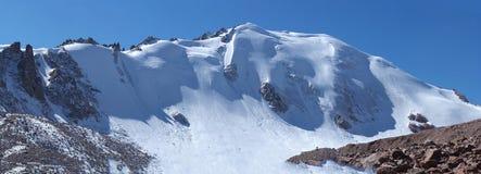 Neve, ghiaccio e pietra Immagini Stock