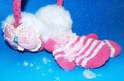 Neve scintillante sui guanti Fotografia Stock Libera da Diritti