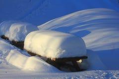 Neve sul banco in montagna Fotografia Stock