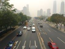 Nevel over de stad van Peking Stock Afbeelding