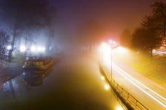 Nevelige ochtend in Toulouse, Frankrijk Stock Afbeeldingen