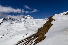 Nevichi sull'alta montagna al primo picco in switzerla di Grndelwald Immagine Stock
