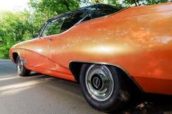 NEVINOMYSSC,俄罗斯- 2016年5月13日:汽车 老美国汽车不合规则的摄影  BUICK SKYLARK GS 350 1968s 库存图片
