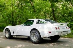 NEVINOMYSSC, RUSSIE - 13 MAI 2016 : Automobiles Photographie hors site de vieilles voitures américaines Chevrolet Corvette C3 197 Photo stock