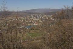 Nevitsky城堡在13世纪照片视图破坏Kamyanitsa村庄,在Uzhgorod,外喀尔巴阡州,乌克兰北部的12 km修造了 免版税库存照片