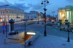 Nevsky Prospekt, Санкт-Петербург, Россия Стоковые Фотографии RF