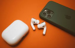 Free New Apple Computers AirPods Pro Headphones Royalty Free Stock Photos - 162537198
